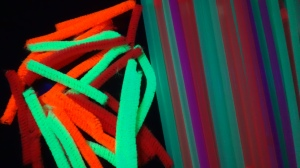 The neon pipe cleaners glowed like crazy!  They almost glowed like real glow sticks!!
